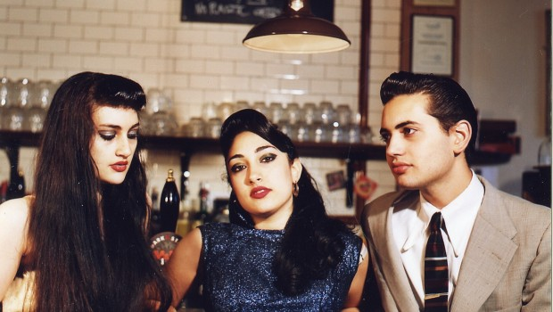 LIVE: KITTY, DAISY & LEWIS – 10/06/2011