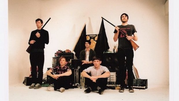 LIVE: FOALS – 31/12/2011