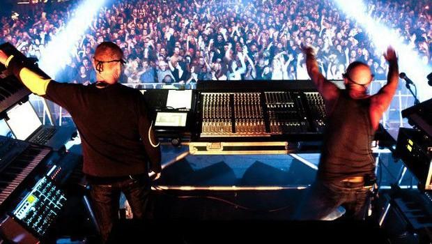 LIVE: ORBITAL – 05/04/2012
