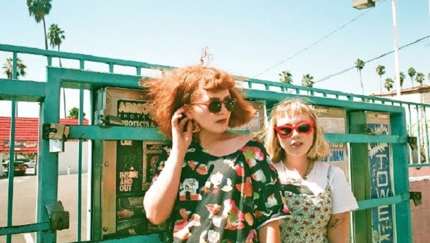 LA DUO GIRLPOOL PREVIEW NEW SINGLE