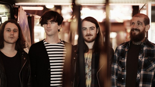 LIVE: PULLED APART BY HORSES – 21/11/2014