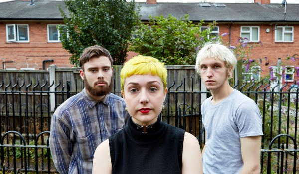 NOTTINGHAM THREE-PIECE KAGOULE STREAM VIDEO FOR NEW TRACK
