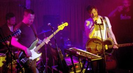 LIVE: DAN MANGAN + BLACKSMITH - 24/04/2015