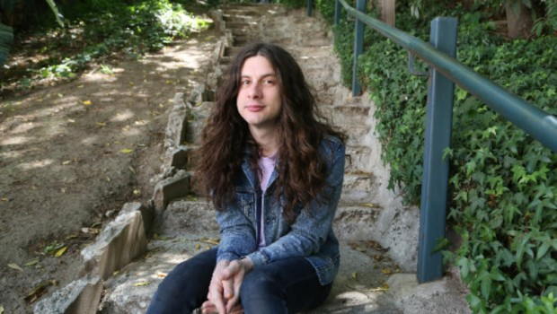 KURT VILE AND THE VIOLATORS ANNOUNCE NEW ALBUM AND TOUR