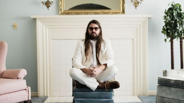 MATTHEW E. WHITE SHARES 'COOL OUT' TRACK FEATURING NATALIE PRASS