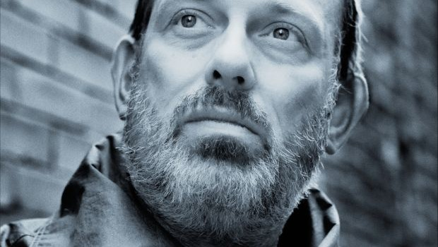 TOM HINGLEY TO RELEASE SINGLE FOR RECORD STORE DAY