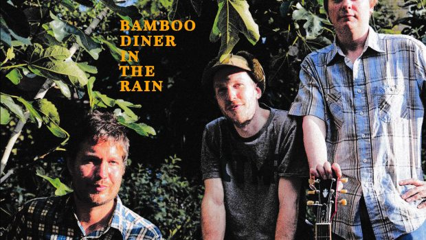 THE WAVE PICTURES DINE OUT WITH NEW VIDEO 'BAMBOO DINER IN THE RAIN'