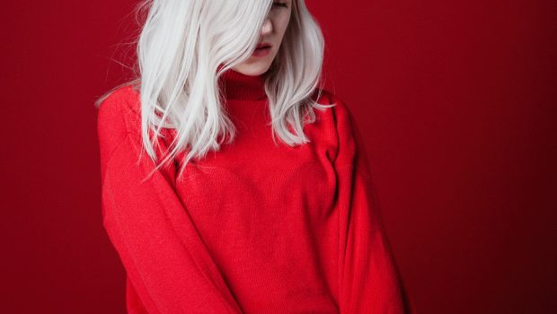 LISTEN TO AMBER ARCADES NEW SINGLE 'CAN'T SAY THAT WE TRIED' HERE