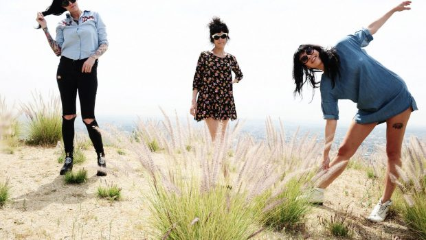 THE COATHANGERS SHARE GHOULISH 'CAPTAIN'S DEAD' VIDEO AHEAD OF NEXT WEEK'S UK TOUR