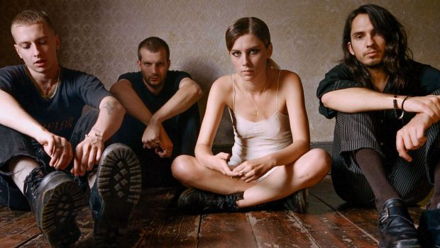 WOLF ALICE ARE HOWLING ABOUT THEIR NEW MUSIC & AUTUMN TOUR