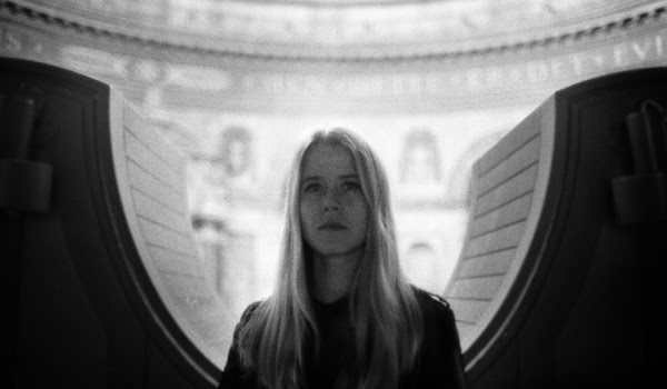ANNA VON HAUSSWOLFF ANNOUNCES NEW ALBUM 'DEAD MAGIC' ALONGSIDE NEW SONG 'THE MYSTERIOUS VANISHING OF ELECTRA' - LISTEN NOW
