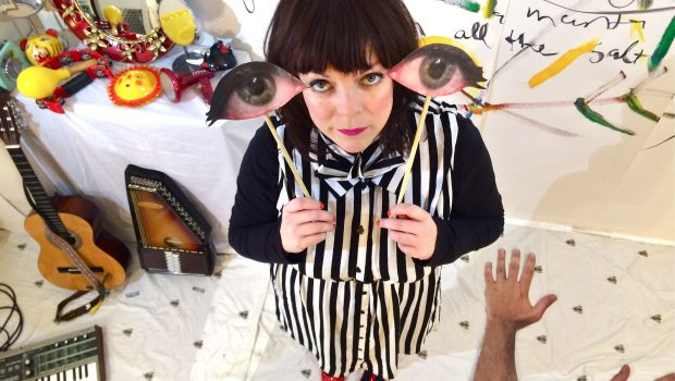 PINEY GIR SHARES NEW VIDEO FOR
