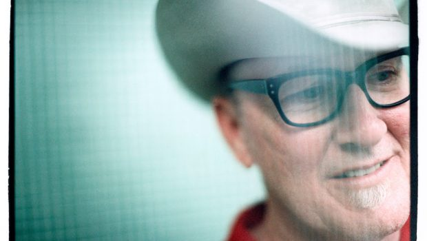 LAMBCHOP SHARE 'EVERYTHING FOR YOU' VIDEO