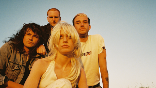 INTERVIEW: AMYL AND THE SNIFFERS - THEY'VE CREATED ONE OF THE BEST ALBUMS YOU'LL HEAR ALL YEAR....